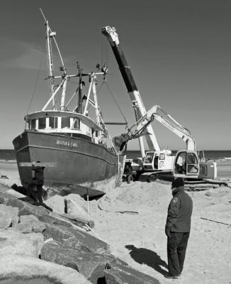 """Fishing Boat Salvage - Cold Storage Beach"""