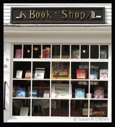 7_April_2013_Book_Shop_Window_Creative012